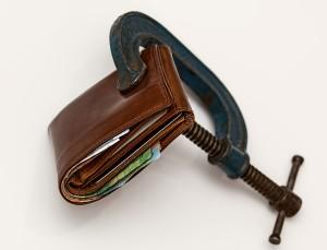 příliš přeplněná peněženka